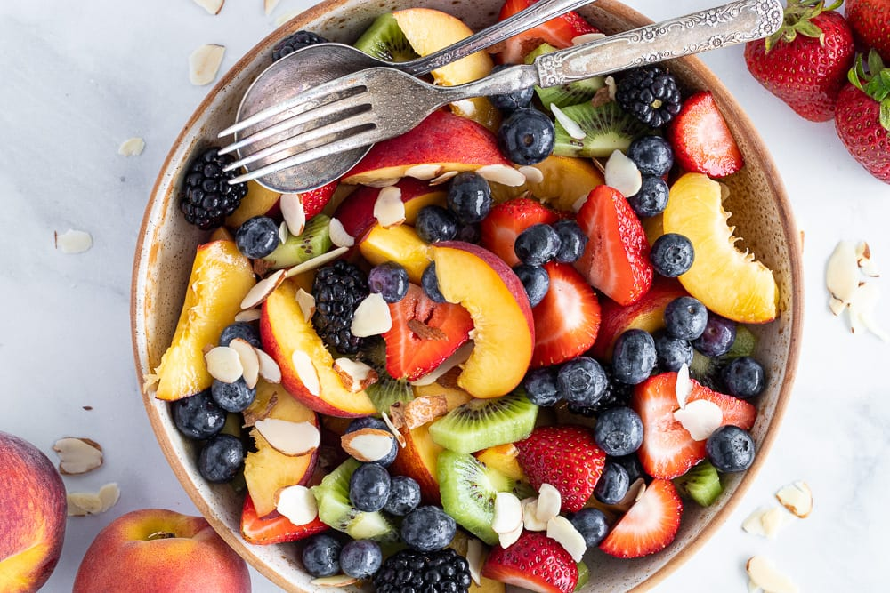 Fruit salad with honey lime