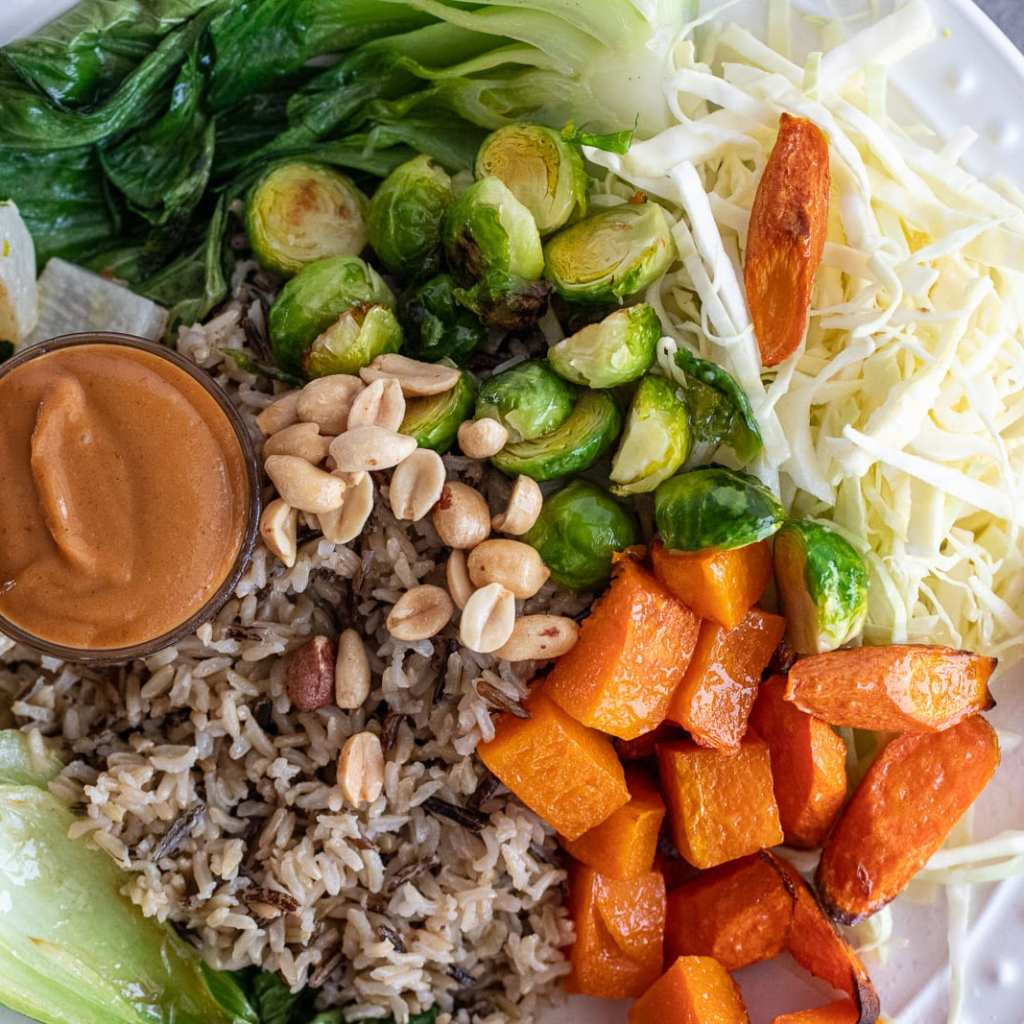 Simple and Healthy Vegetarian Rice Bowl
