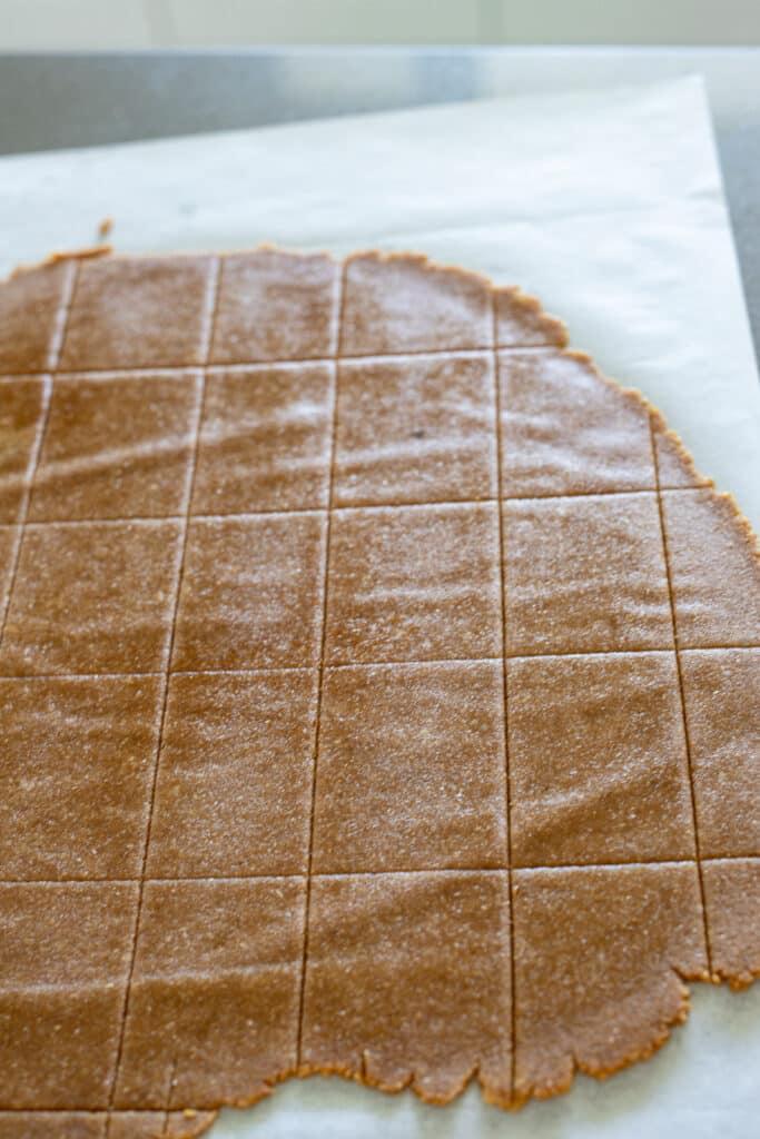 Vegan graham crackers cut into rectangles.