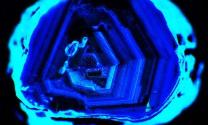Harzburgitic Diamonds