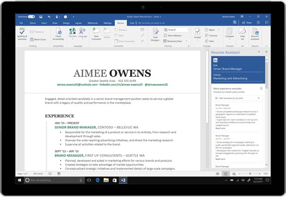 Microsoft Word's new 'Resume Assistant' with LinkedIn