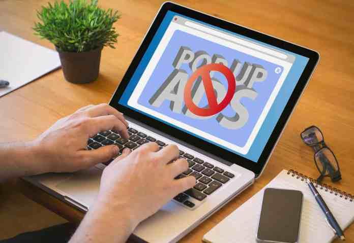 spinonews fake adblockers in chrome web store