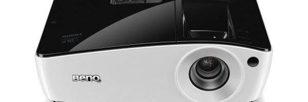 BenQ lanseaza trei videoproiectoare wireless