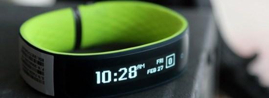 MWC 2015: HTC a lansat fitness tracker-ul Grip