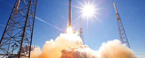 SpaceX aterizeaza racheta Falcon 9 pe sol pentru a doua oara