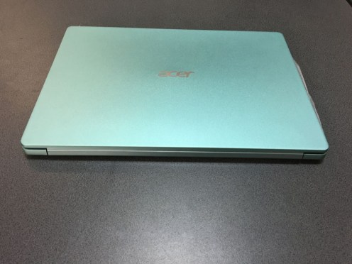 acer swift 1 green (1)