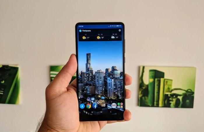 Testam Xiaomi Mi Mix 2S: aveti vreo curiozitate sau intrebare?