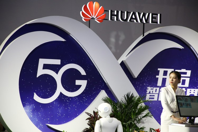 Vodafone renunta la echipamentele Huawei in Europa