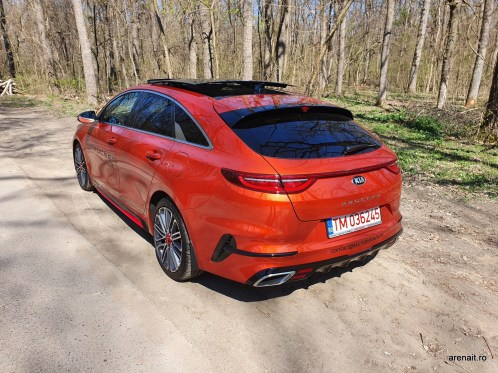 Kia-ProCeed-GT-review (16)
