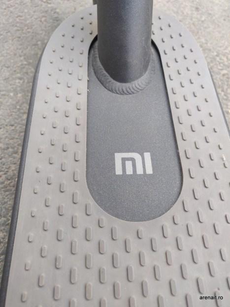 Xiaomi-M365-trotineta-electrica-review (4)