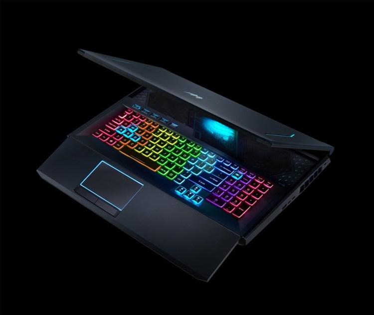 Acer a lansat laptop-ul de gaming Predator Helios 700