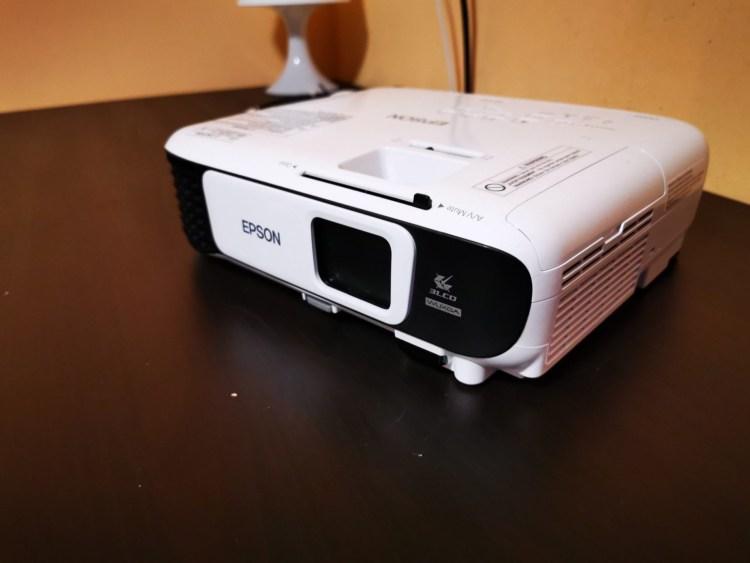 Epson EB-U42 - un proiector cu o imagine foarte buna