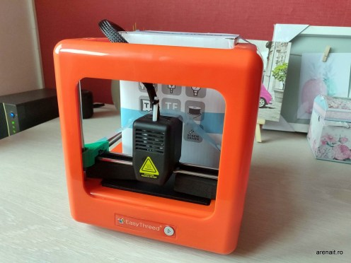 Imprimanta-3D-EasyThreed-Nano (1)
