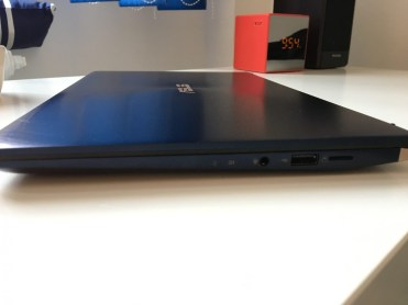 ASUS ULTRABOOK SCREENPAD (8)