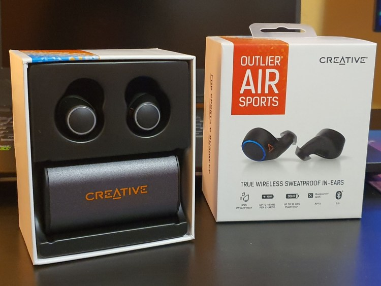 Review casti wireless in-ear Creative Outlier Air Sports - vai, ce bine se aud!