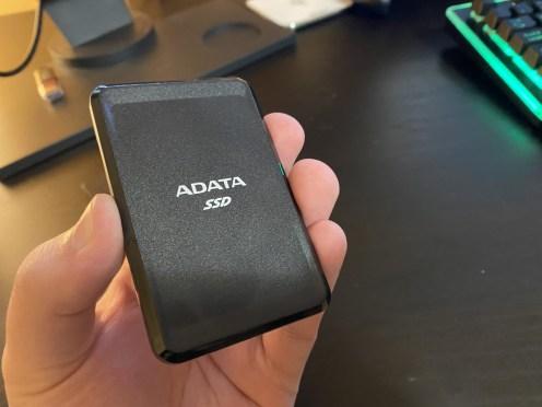 SSD ADATA SC685 (2)