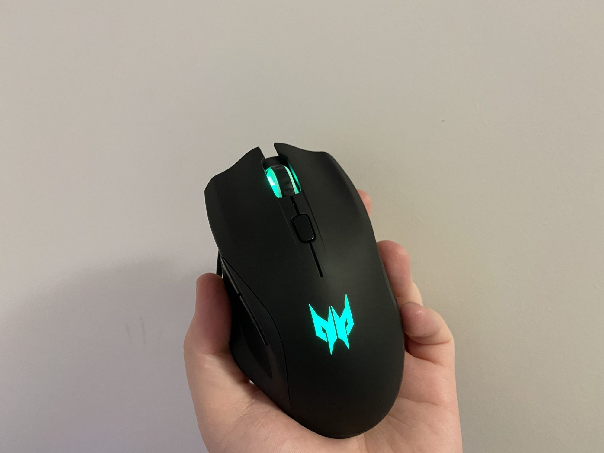 Review mouse Acer Predator Cestus 320