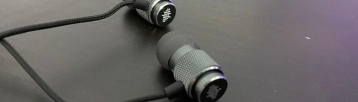 Review casti Acer Earphone 300 - casti ieftine cu fir pentru telefoane