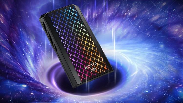 ADATA a lansat SSD-ul extern SE900G