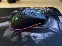 Review Genesis Krypto 550 – mouse de gaming extrem de usor + mousepad Genesis cu RGB