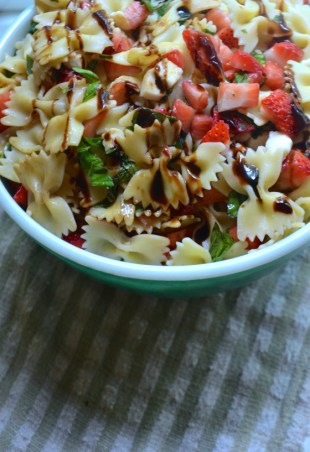 Strawberry Balsamic Caprese Pasta Salad