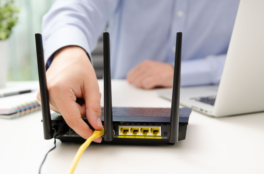 Router wifi con cable ethernet