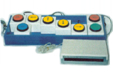 Tabla de dos columnas: en la columna de la derecha se describen algunos ejemplos de ratones para ser usados con pulsadores. En la de la derecha imágenes que ilustran las descripciones