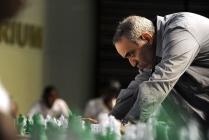 Kasparov'dan siber soğuk savaş uyarısı!