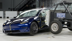 Tesla Model 3 ne kadar güvenli? İşte cevabı