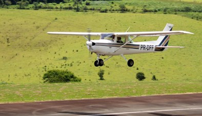 Cessna-152-DFF