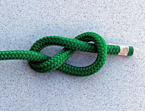 stopper knot in middle of rope