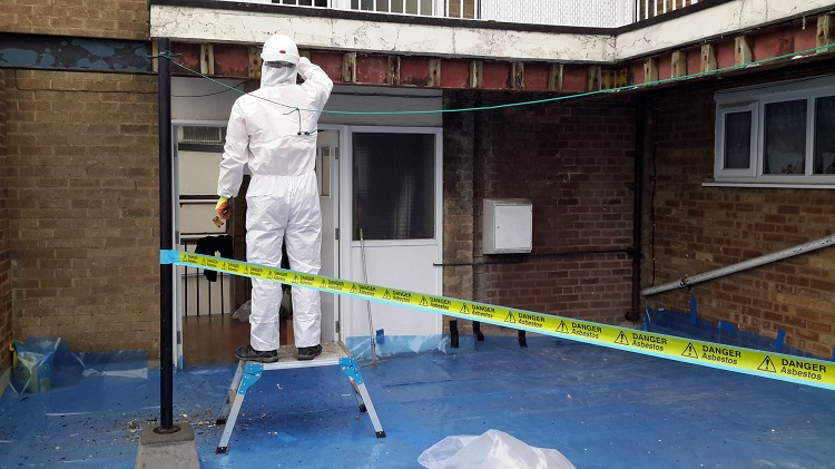 How to Find a Decent Asbestos Removal Company