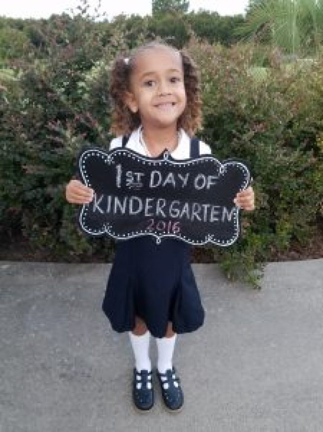 Kindergarten can be a terrifying experience for children and their parents. Check out this list of ways you can prepare your child for school.