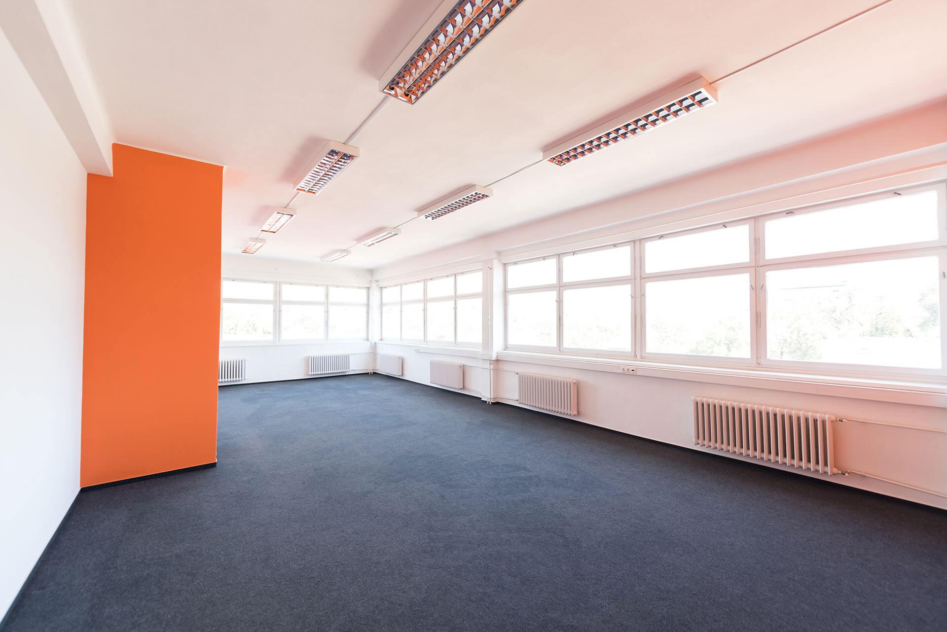 1089 Budapest, Üllői út 102. 10. épület kiadó iroda, loft iroda