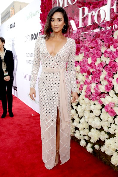 """Shay Mitchell seen at Open Road Presents the World Premiere of """"Mother's Day"""" at TCL Chinese Theatre on Wednesday, April 13, 2016, in Hollywood. (Photo by Steve Cohn/Invision for Open Road Films/AP Images)"""