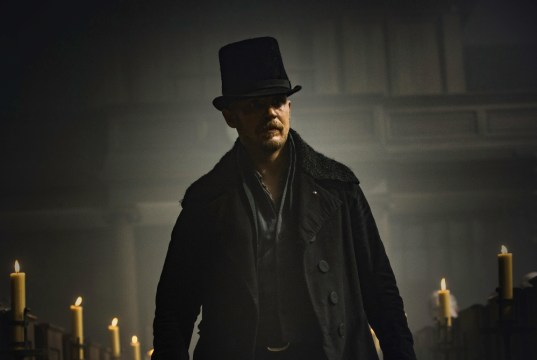 "TABOO -- ""Episode 1"" (Airs Tuesday, January 10, 10:00 pm/ep) -- Pictured: Tom Hardy as James Keziah Delaney"