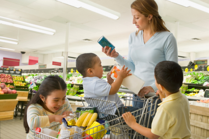 Managing children's behavior in public