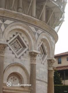 for-arq-pisa-_plaza_del_miracoli-_torre_inclinada_o_campanario_circuloromanico_5-copia