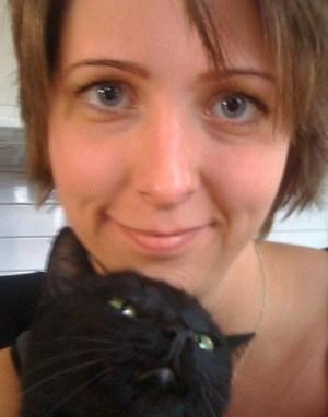Arga Klara och katt