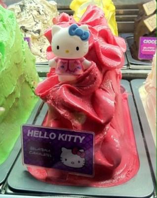 Hello Kitty-gelato (glass). Tapas och mald katt.