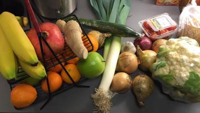 Frukt och grönsaker. Fick mat levererad ända hem till dörren.