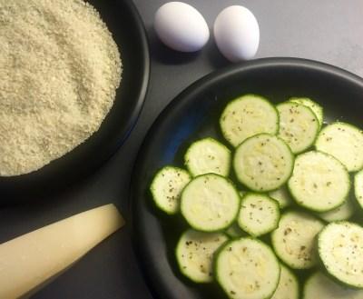 Zucchini, ägg, pank och parmesanost