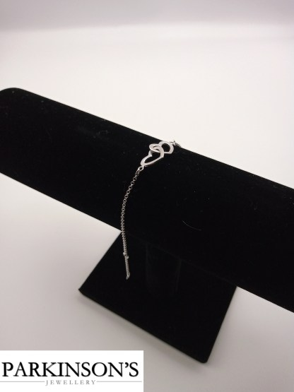 925 silver double heart bracelet on stand