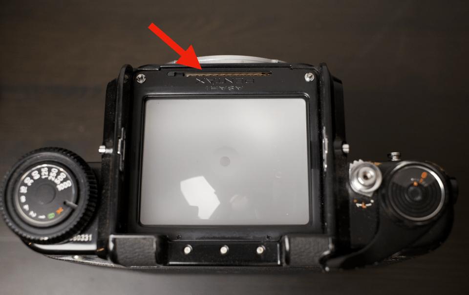 Pentax 67 - Chaine de couplage objectif / prisme