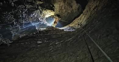 S-a descoperit cea mai adâncă peștera din România!