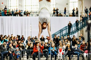 Hand Balance Act - Beauty Acrobat Doing Handstands - Argolla Show