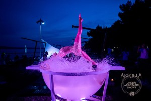 Water Bowl Acrobatic Act - Argolla Show
