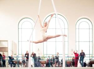 Aerial Acrobat on Silk - White Costume - Argolla Show