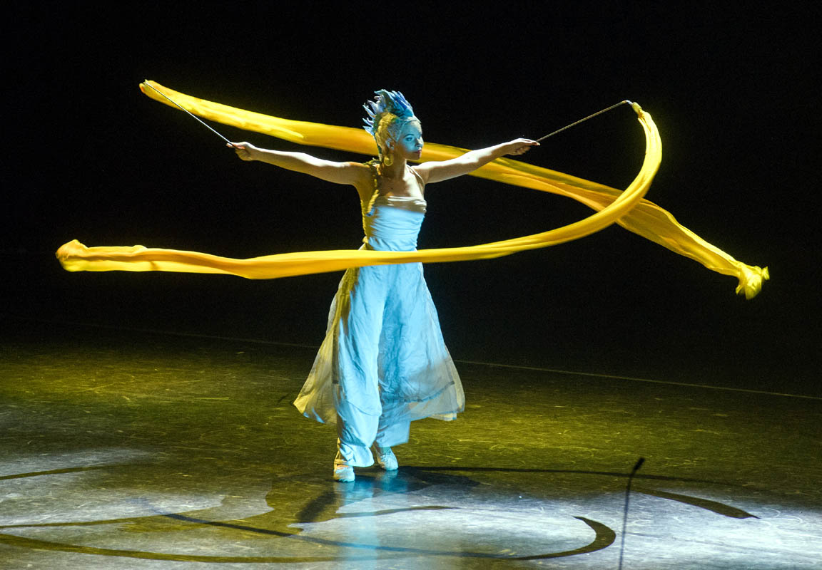 Dancer with Ribbon - Circus Costumes - Argolla Show
