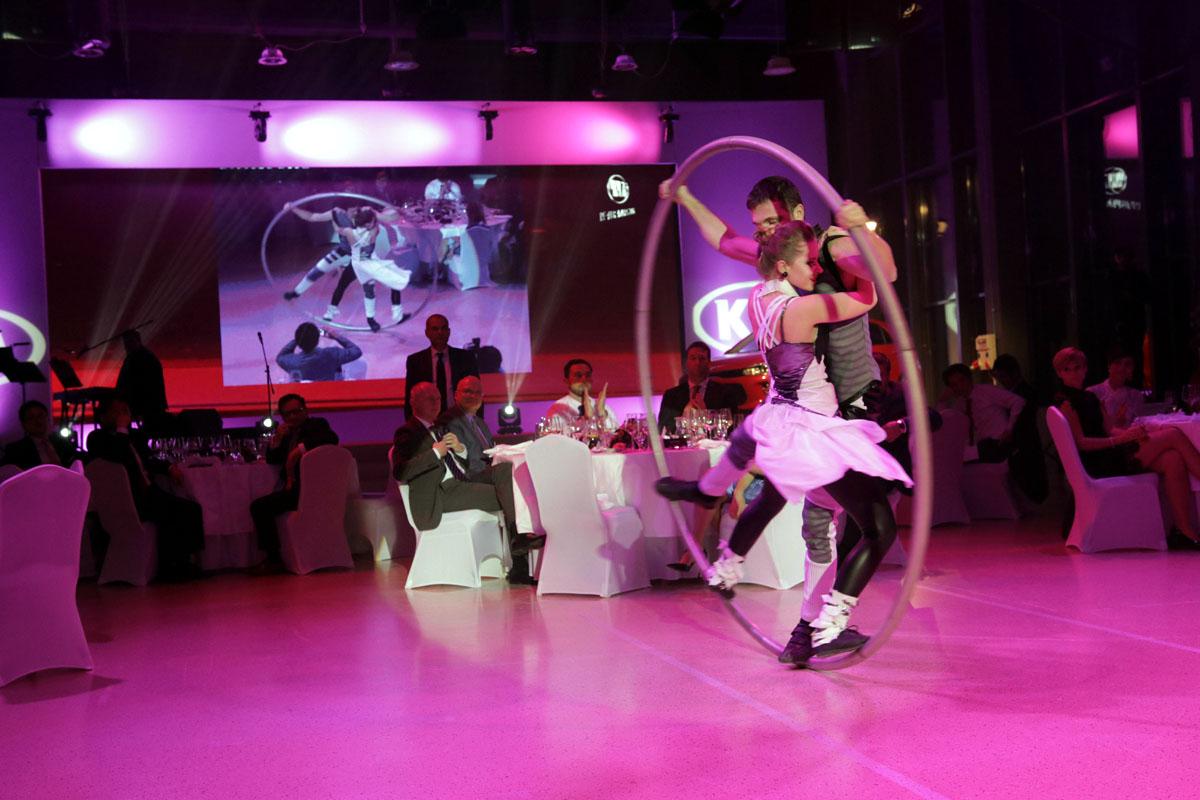 Cyr Wheel artists - Argolla show - corporate event Kia